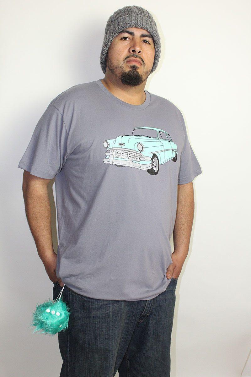 Oscar-wearing-seafoam-green-bel-air-t-shirt