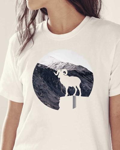 Mountain Goat Nature Design T-Shirt