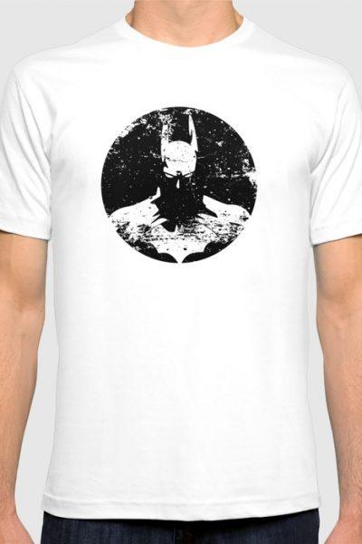 The Bat Returns Grunge T-shirt by pabrimel