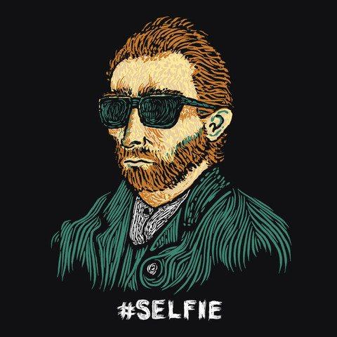Selfie_design-square_6556f578-7ecb-491d-8caf-ba131e3c5a2b_large