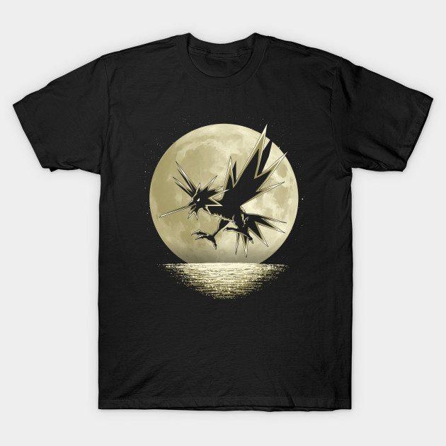 Instinct under the moon T-Shirt
