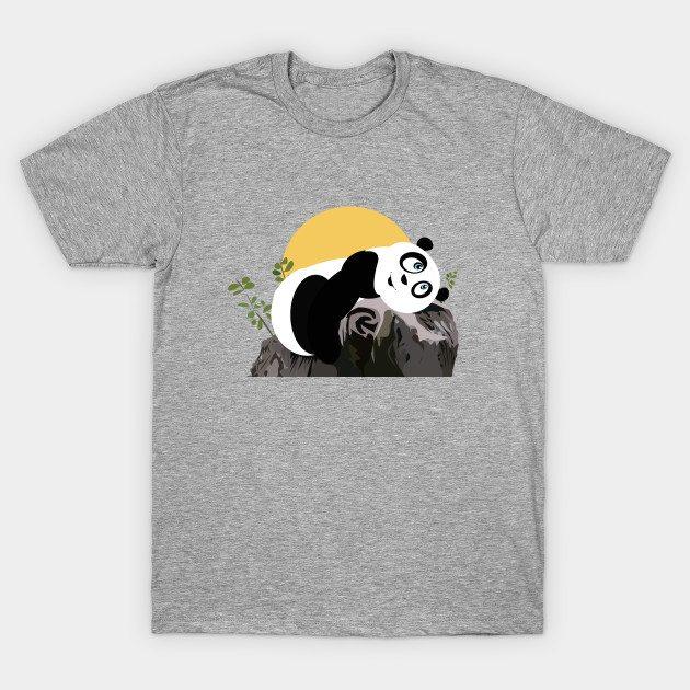 panda relaxing T-Shirt