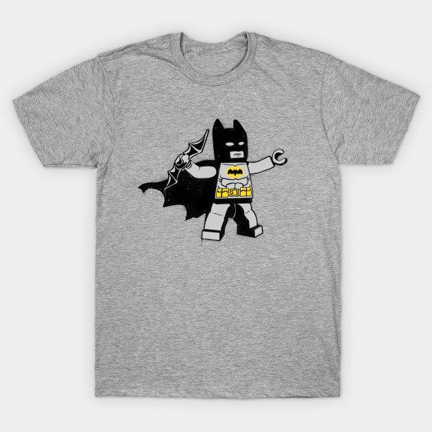 Batsy, batarang thrower T-Shirt